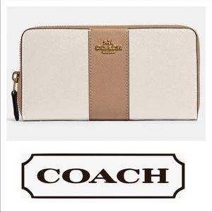 COACH Brown White Zip Accordion Leather Wallet NWT